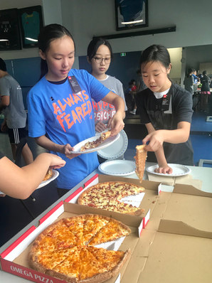 July16-20camp_pizza1.jpg