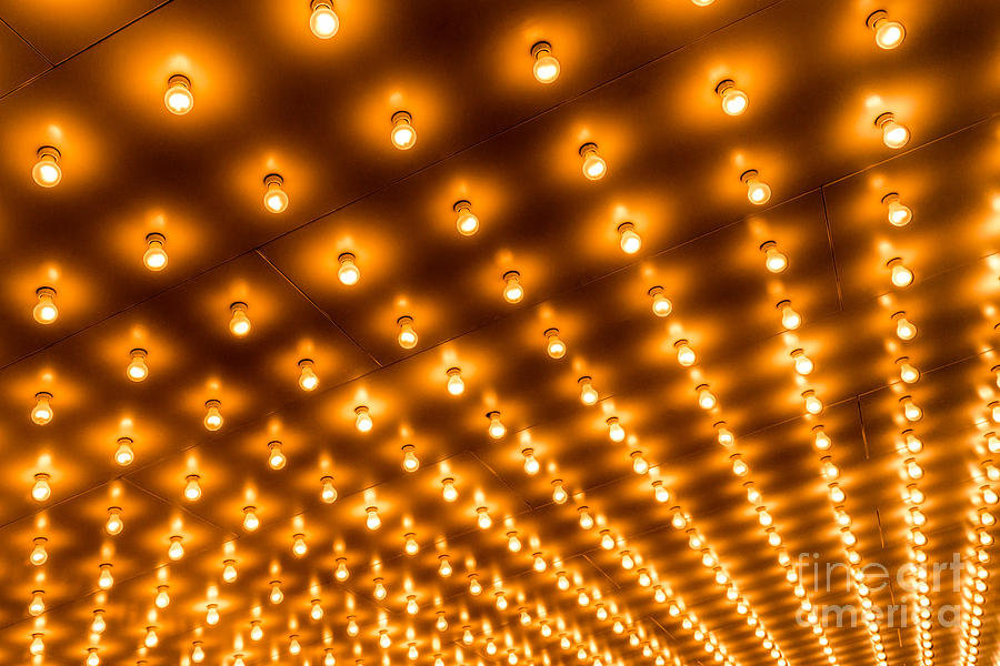 theater-marquee-lights-in-rows-paul-velg