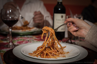 Fresh Spaghetti with organic parmesan and tomato sauce