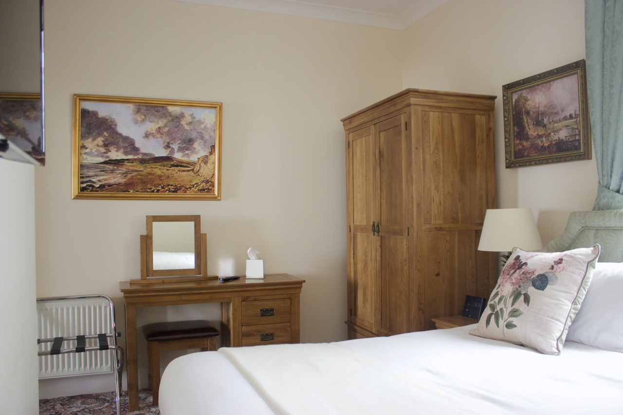 Apartment 8 bedroom