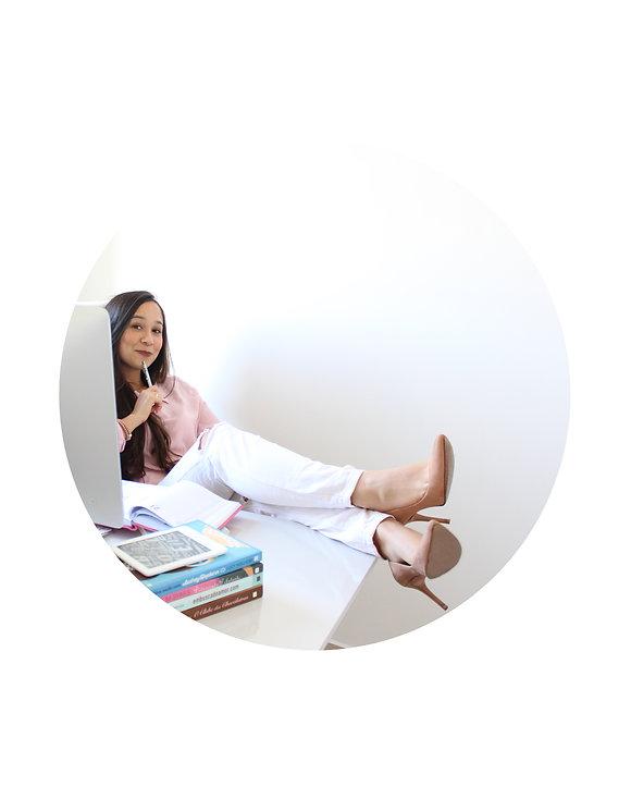 Escritora Renata Lustosa.jpg