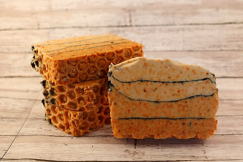 The Nutty Bee -Soap Containing Honey, Almonds & Goatmilk