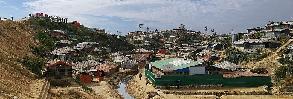 Refugee-camp-2-Web_edited.jpg