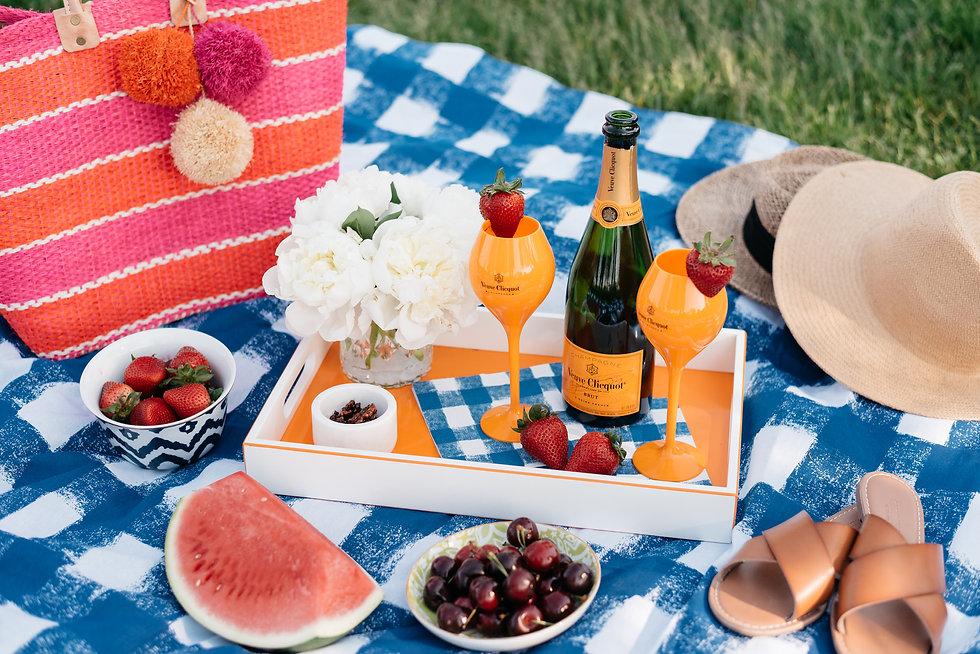 veuve-clicquot-picnic-1.jpg