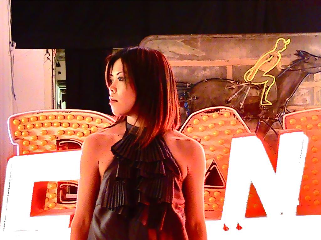 Motoko and Neon_2