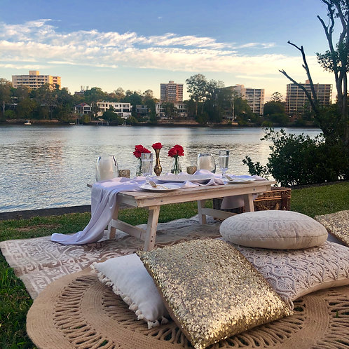 Intimate Picnic for 2 guests (weekend booking)