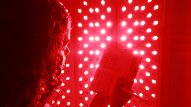 Red Light Therapy & Sunlight for health?