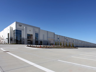 PRESS RELEASE - Newmark Phoenix Realty Group Represents REAL CAPITAL SOLUTIONS in 306,611 SF Industr