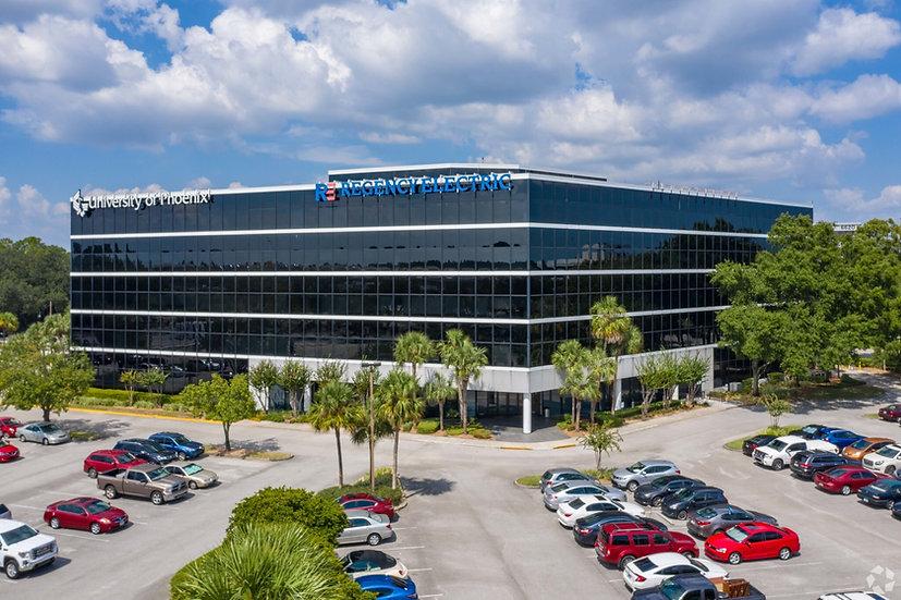 BUTLER POINTE - 4500 Salisbury Road, Jacksonville, FL 32216