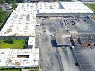 IN THE NEWS - Bryan Bartlett and John Richardson Represent Owner in Sale of 588,000 SF Building at 5