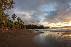 Playa Bahia Solano.jpg