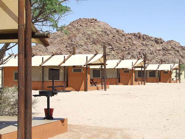 Lugenda-Wilderness-Camp-1