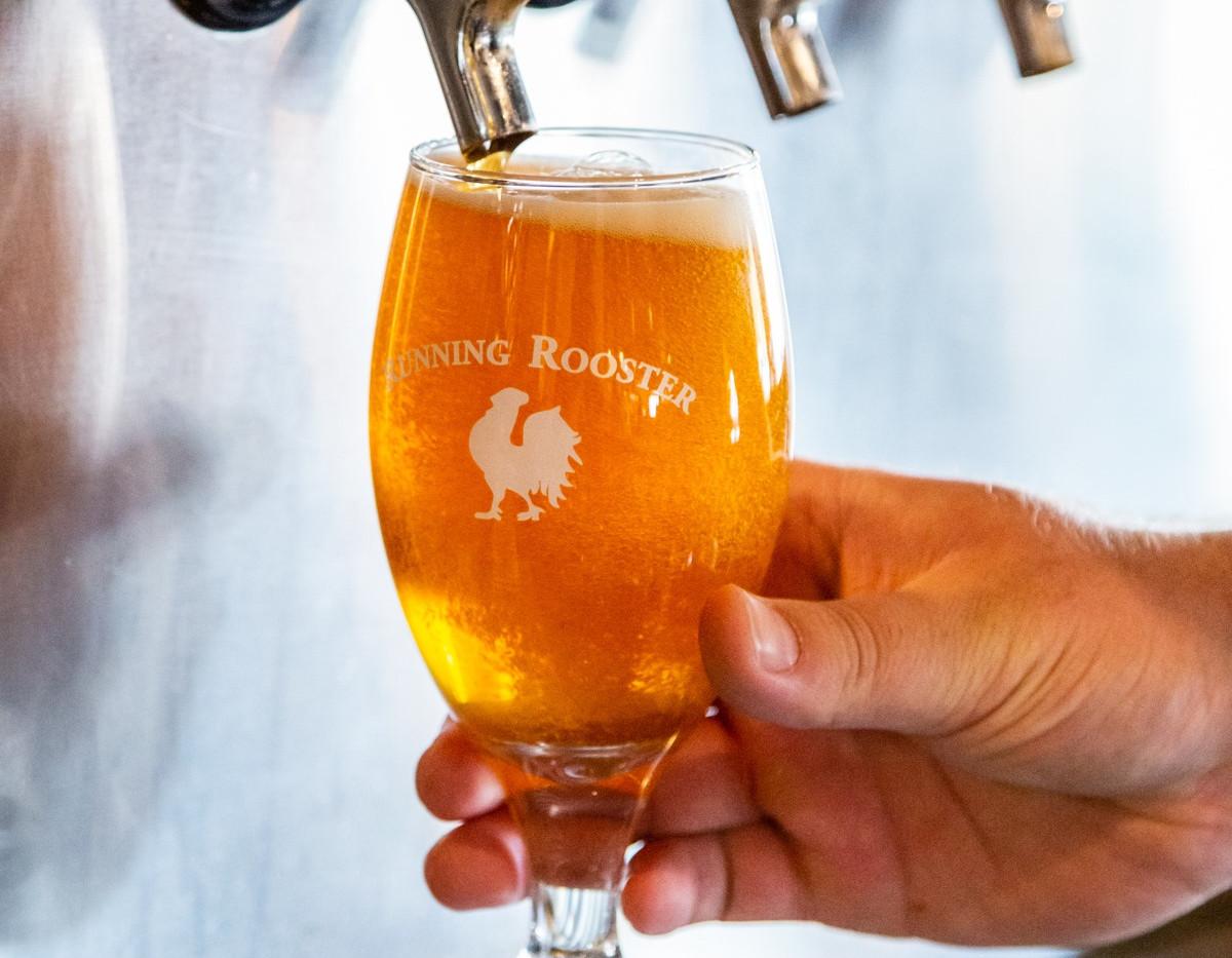 Beer tap pour.jpg