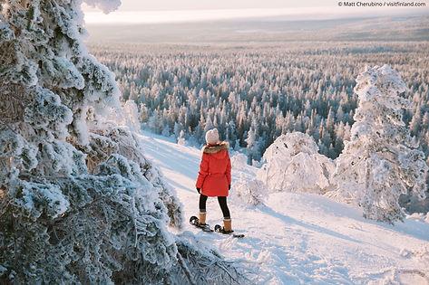 Finland_Lapland_winter_snowshoe_girl.jpg