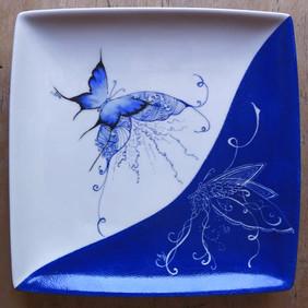 assiette carree papillon bleu_edited_edi