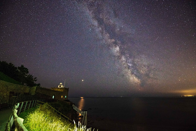Jacobs Ladder and the Milky Way - Landscape