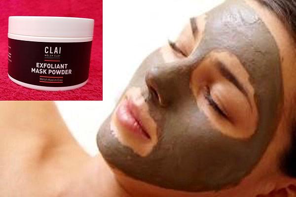 exfoliant-mask-lady.jpg