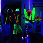 neon color outfits.jpg