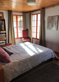 sunlit bedroom 2 (queen bed)