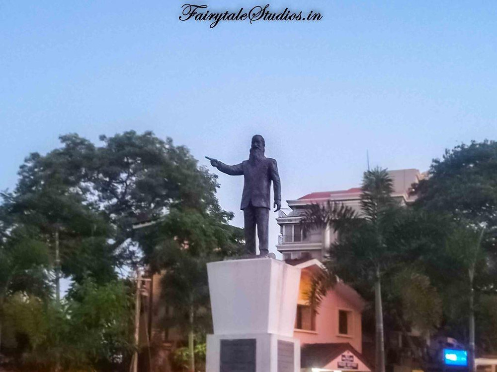 Statue to Jack de Sequeira in Panjim, Goa