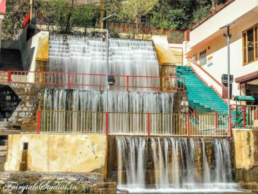 Sahastradhara waterfall, Dehradun - Uttarakhand, India