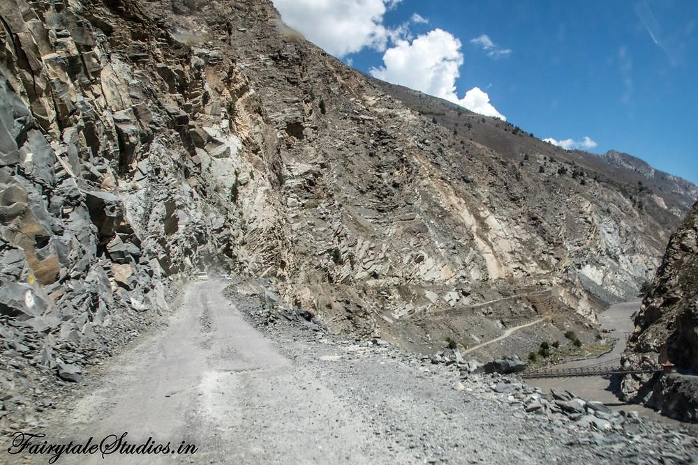 You can reach Spiti Valley only via road_Plan your trip to Spiti Valley