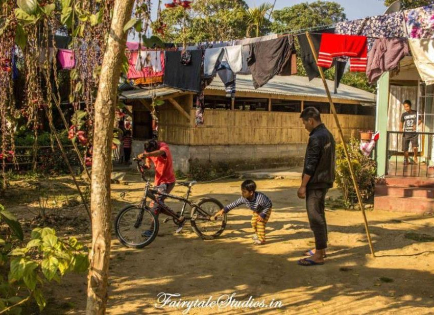 People_Mawlynnong_The Meghalaya Odyssey_Fairytale Travels (24)