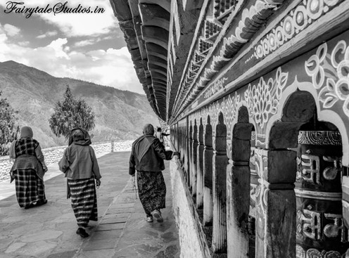 A photoblog on people and culture of Bhutan - The Bhutan Odyssey