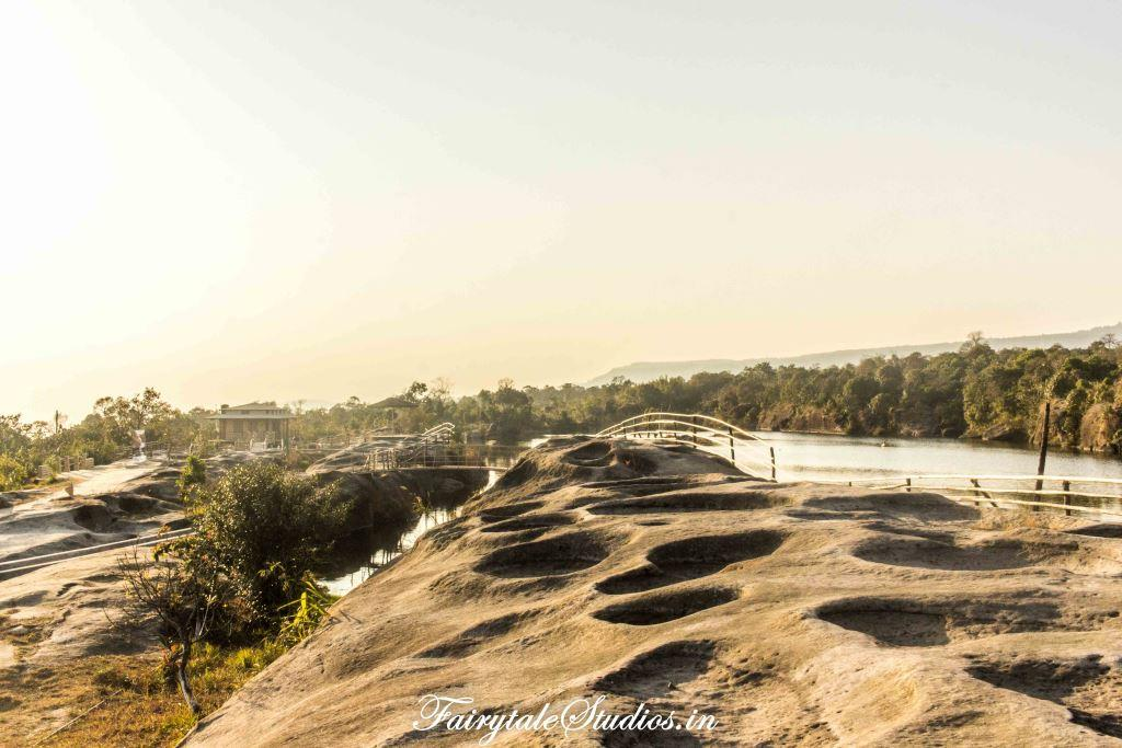 Umkakhoi - Mawlyngbna_The Meghalaya Odyssey_Fairytale Travel Blogs