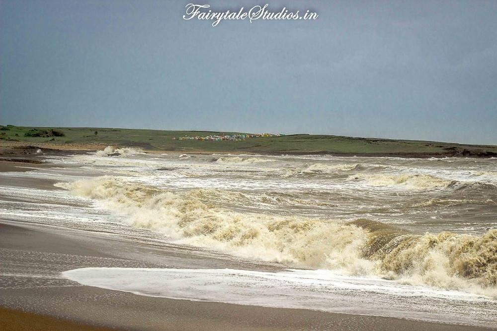 We loved the seclusion of Vanakbara beach in Diu