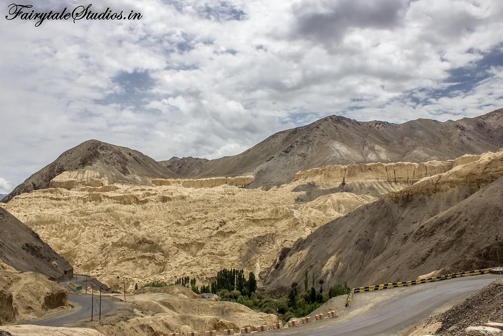 Moonland - An unusual area in Lamayuru between Leh and Kargil
