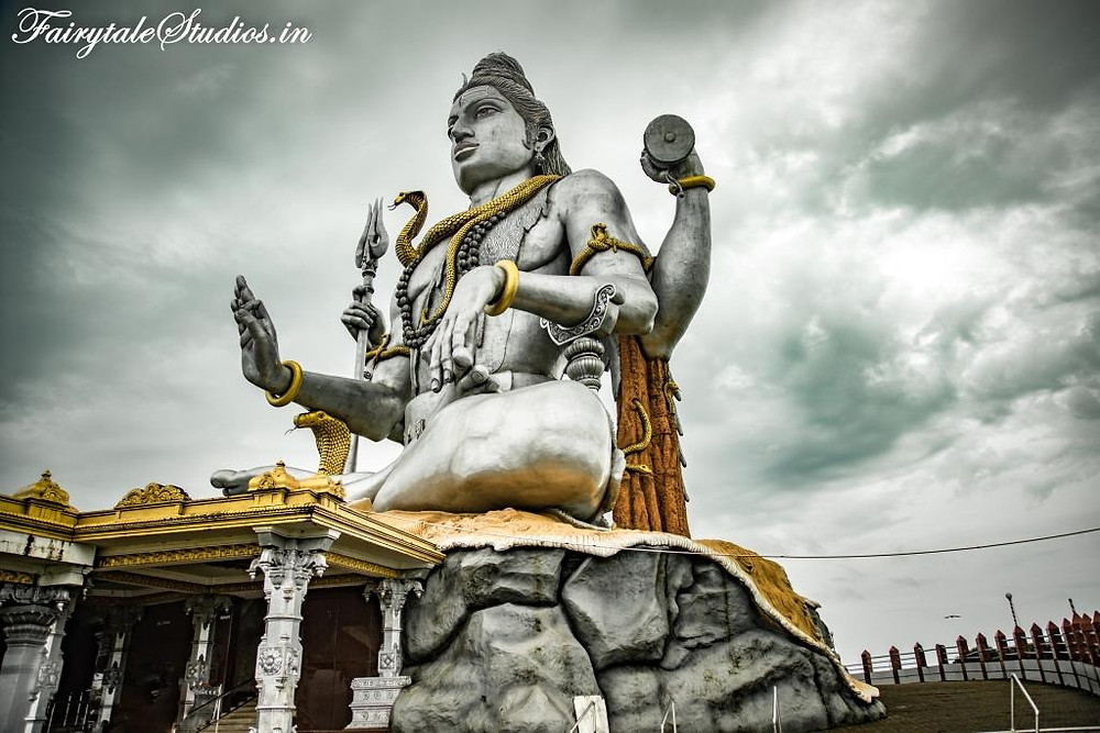 Artificial cave is created below Lord Shiva statue which narrates the story of Atma Linga
