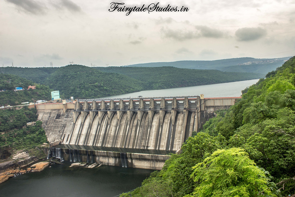 Srisailam Dam built of over river Krishna. The river forms the boundary between states of Telangana and Andhra Pradesh, India