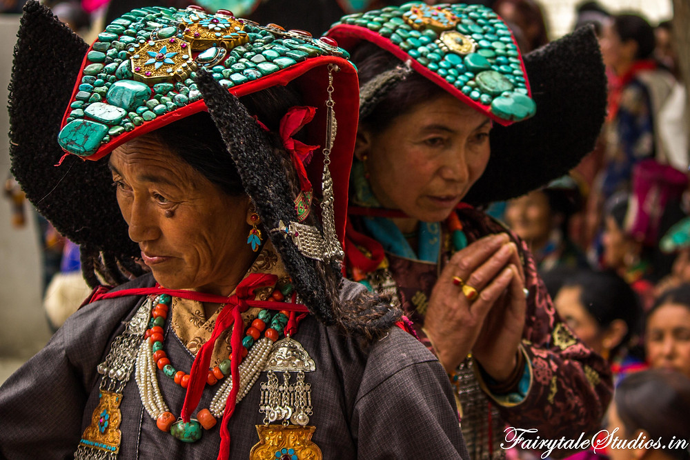 Women wearing Perakh celebrate Mentok Stano in Mulbekh monastery (The Zanskar Odyssey travelogue)