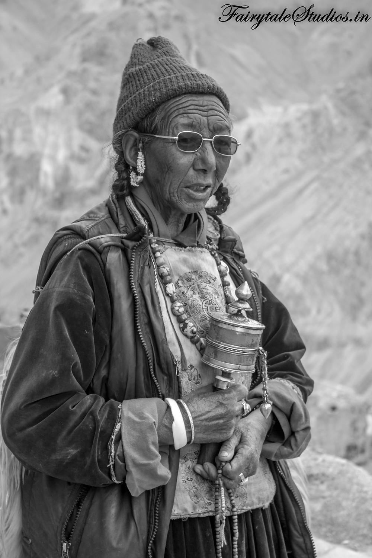 Nun in Lamayuru Monastery in Ladakh (The Zanskar Odyssey travelogue)