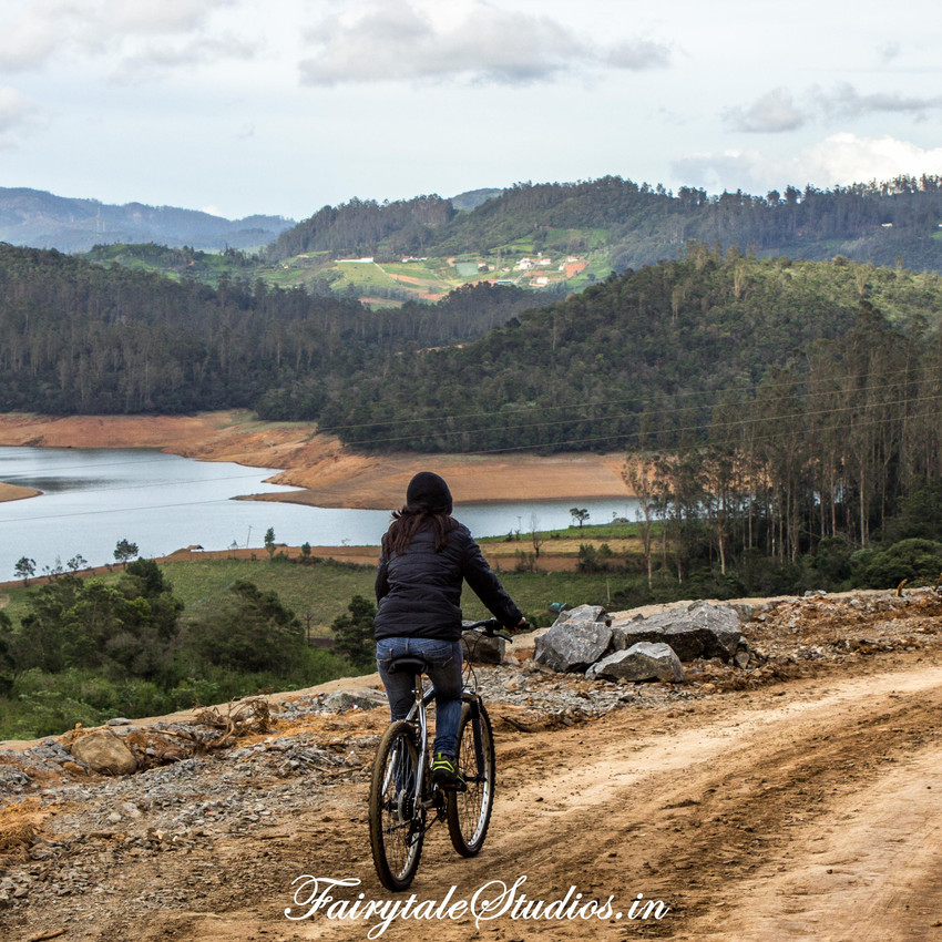 13.Cycling_Redhills_Fairytale Travel blog