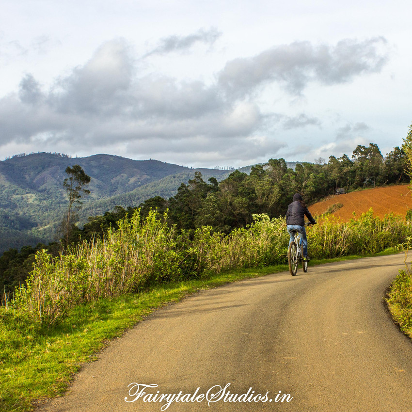 12.Cycling_Redhills_Fairytale Travel blog