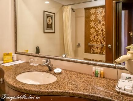 Bathroom_The Carlton Kodaikanal_Fairytale Travels (1)