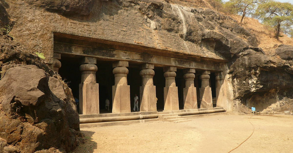 Caves at Elephanta Island - India_Unique islands to visit in India