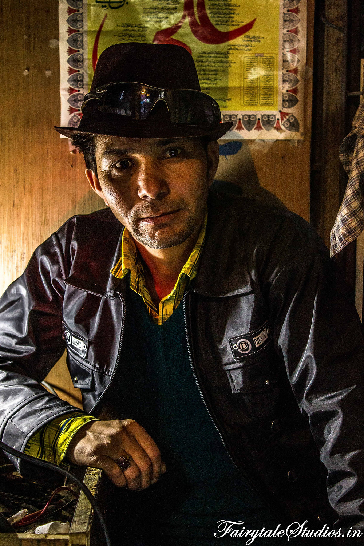 A shopkeeper in Kargil (The Zanskar Odyssey travelogue)