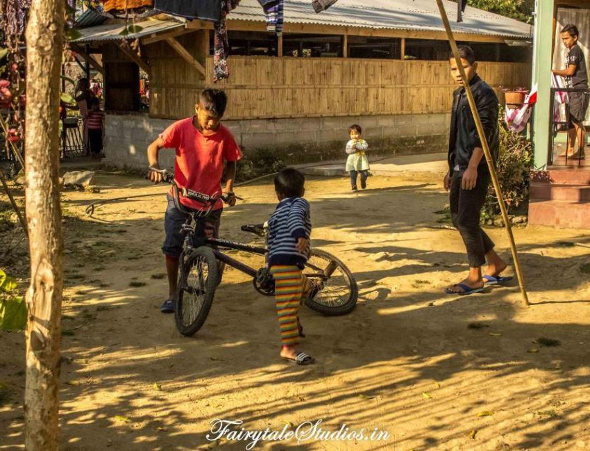 People_Mawlynnong_The Meghalaya Odyssey_Fairytale Travels (25)