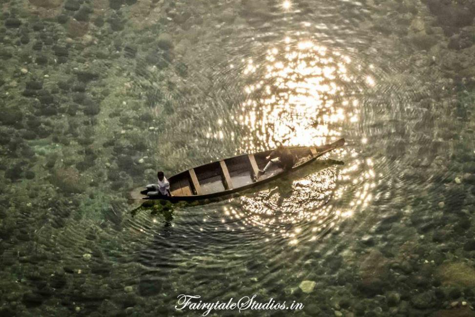 14. Shnongpdeng_Translucent Umngot river_The Meghalaya Odyssey_Fairytale Travel blog