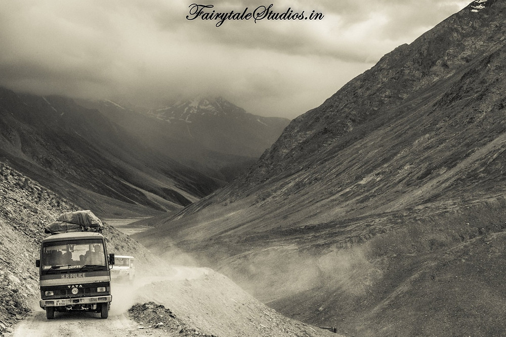 The dirt track road from Kaza to Chandratal Lake, Spiti Valley - Himachal Pradesh, India