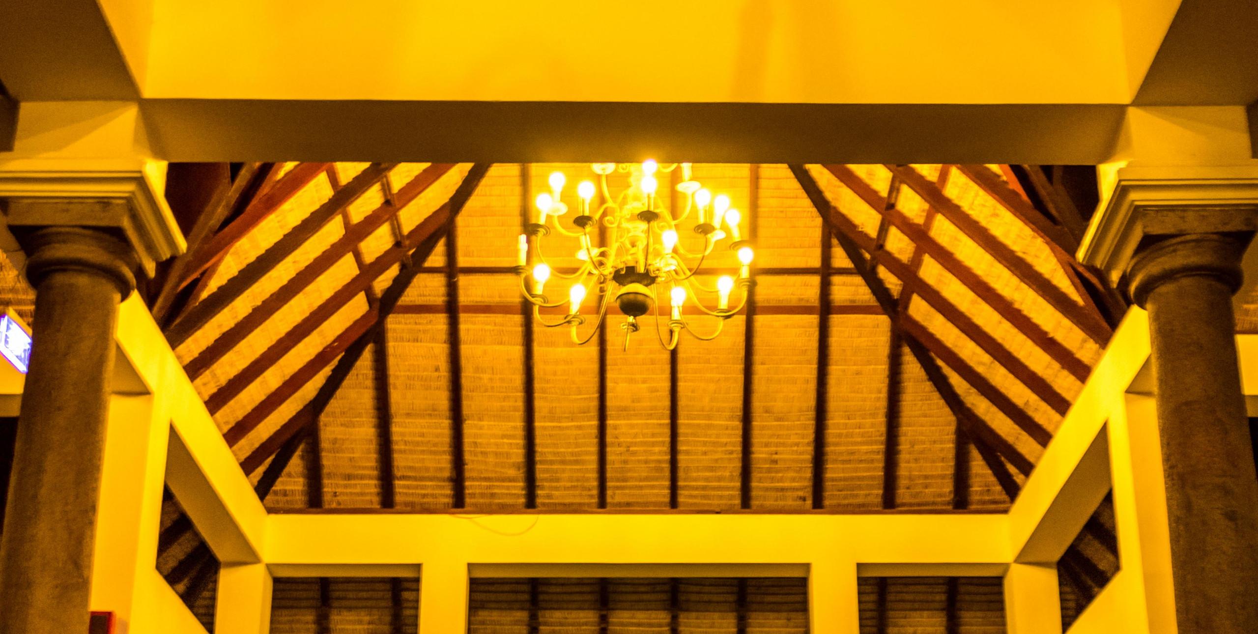 Lighting_Le Pondy_Fairytale Travel Blog (6)