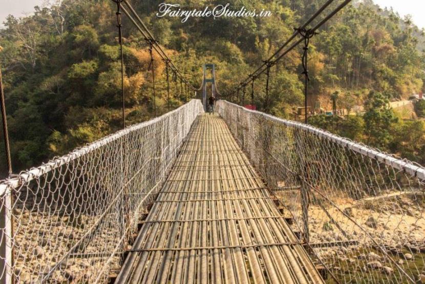 15. Shnongpdeng_Suspension foot bridge on Umngot river_The Meghalaya Odyssey_Fairytale Travel blog
