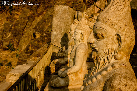Undavalli caves_Vijayawada_Fairytale
