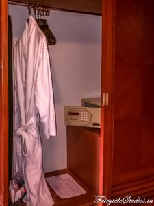 Room_The Carlton Kodaikanal_Fairytale Travels (11)