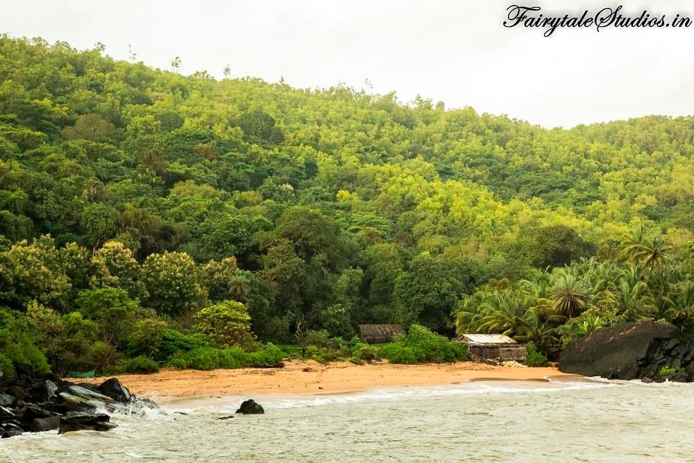 Half-moon beach, Gokarna_Places to visit in Gokarna