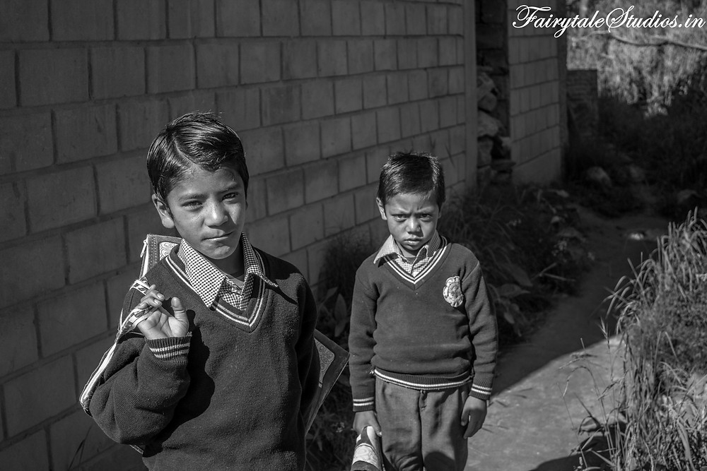 Children walking towards School near Panikhar (The Zanskar Odyssey Travelogue)