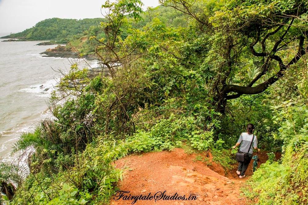 Hopping beaches in Gokarna by trekking_Places to visit in Gokarna